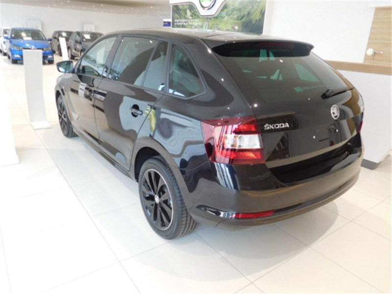 annonce skoda rapid spaceback 1 2 tsi 110 ch greentec voiture d occasion skoda rapid spaceback. Black Bedroom Furniture Sets. Home Design Ideas