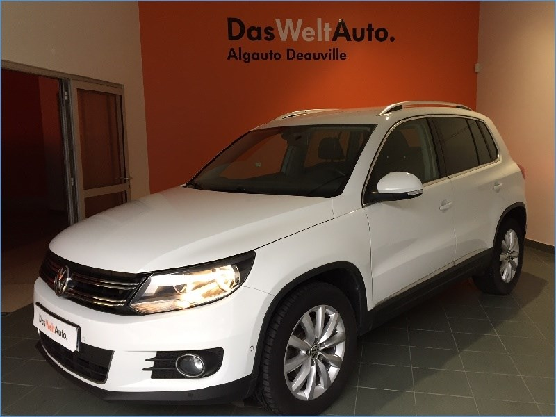 volkswagen tiguan 2 0 tdi 140 fap bluemotion technology sportline 5 portes diesel bo te. Black Bedroom Furniture Sets. Home Design Ideas