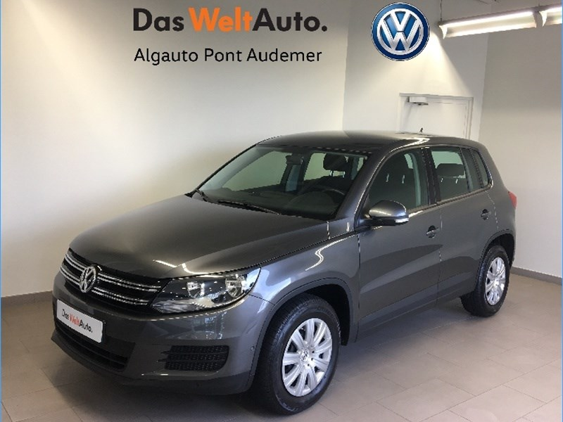 volkswagen tiguan 2 0 tdi 110 fap bluemotion technology 5 portes diesel bo te manuelle. Black Bedroom Furniture Sets. Home Design Ideas